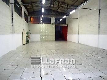 Galpão  265 m² no Jardim Monte Alegre.