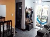 Apartamento com 02 dormitórios no Vila Rica