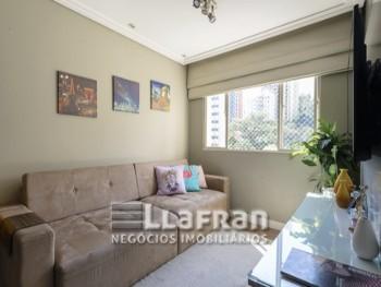 Apartamento com 02 dormitórios na Vila Andrade