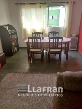 Apartamento de 02 dormitórios no Serra Verde