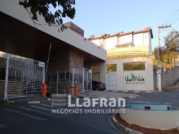 Casa em condomínio 2 suítes Granja Viana