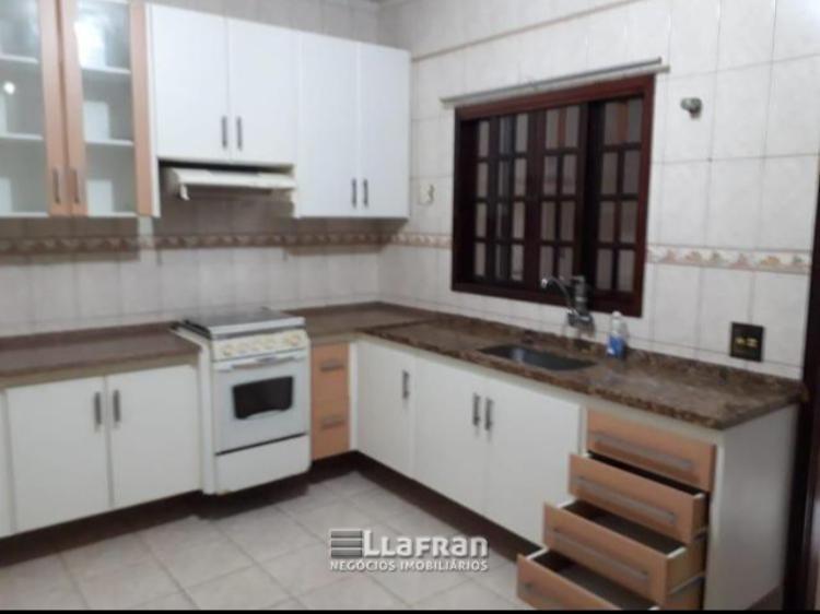 Venda Sobrado 2 dormitórios 2 vagas de garagem Saint Morritz Taboão da Serra SP