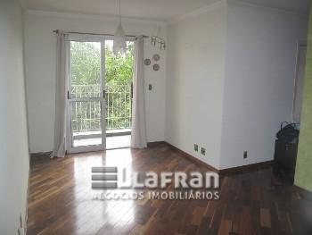 Apartamento locação 3 dormitórios Jardim Luisa