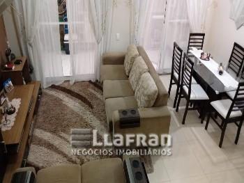 Casa em condomínio 3 quartos Jardim Rosa Maria