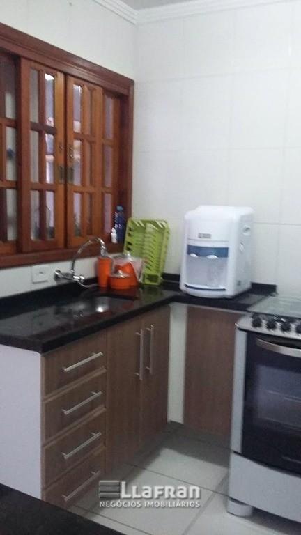 Sobrado 2 dormitórios sendo 2 suites Jardim Miranda Duarte (13).jpeg