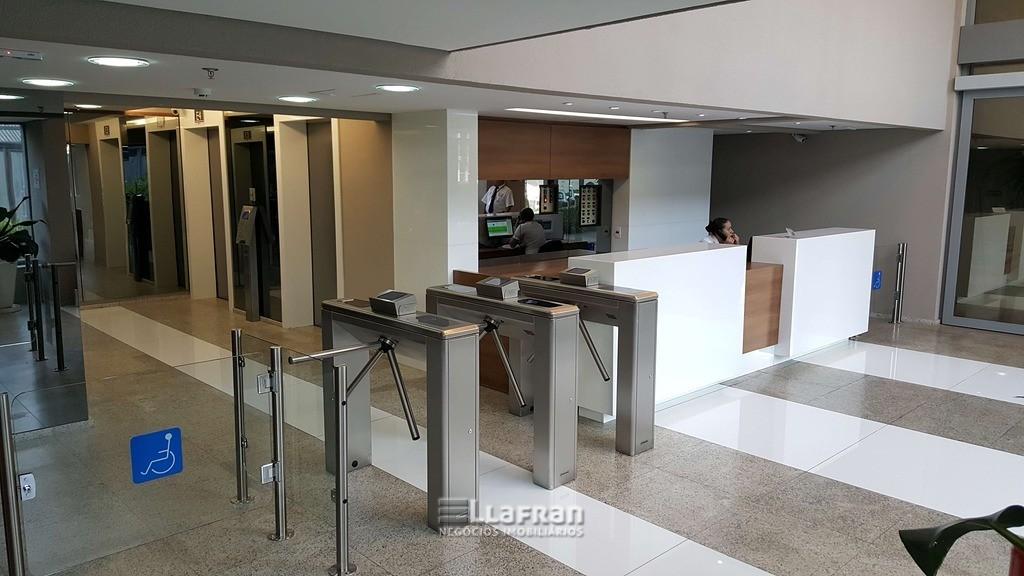 Sala comercial 632 m² Parque Santo Antonio (14).jpg