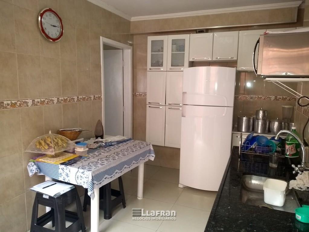 Sobrado 143 m² no Jardim Santa Cecilia em Taboão da Serra SP (6).jpeg