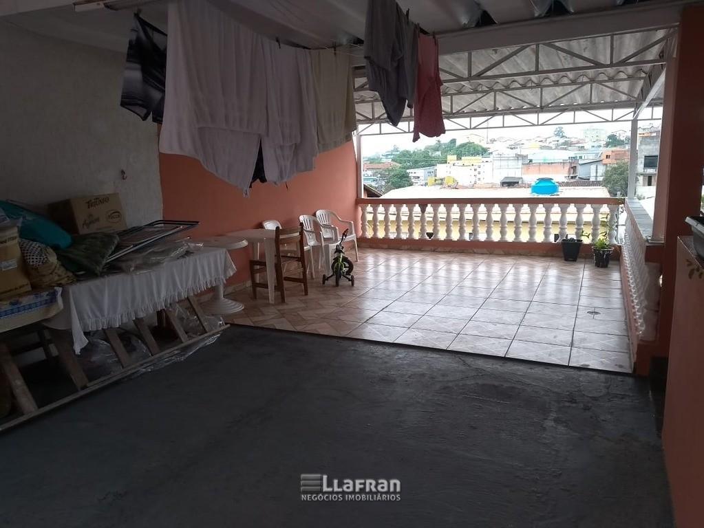 Sobrado 143 m² no Jardim Santa Cecilia em Taboão da Serra SP (15).jpeg