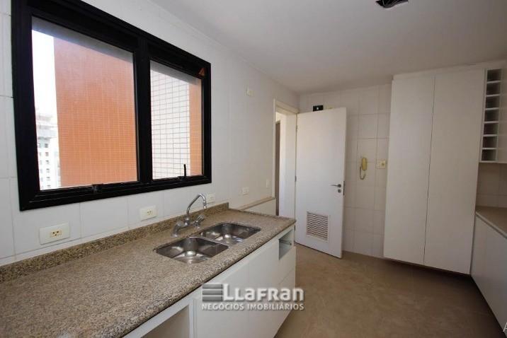 Apartamento com 3 suítes no Panamby (6).jpg