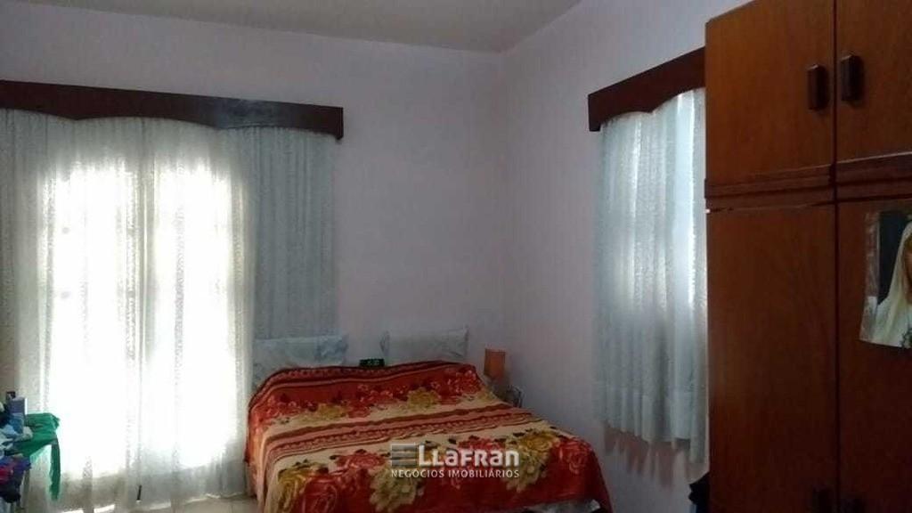 Sobrado de 2 quartos e edicula na Vila Iase em Taboão da Serra (5).jpg