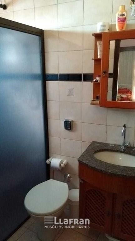 Sobrado de 2 quartos e edicula na Vila Iase em Taboão da Serra (7).jpg