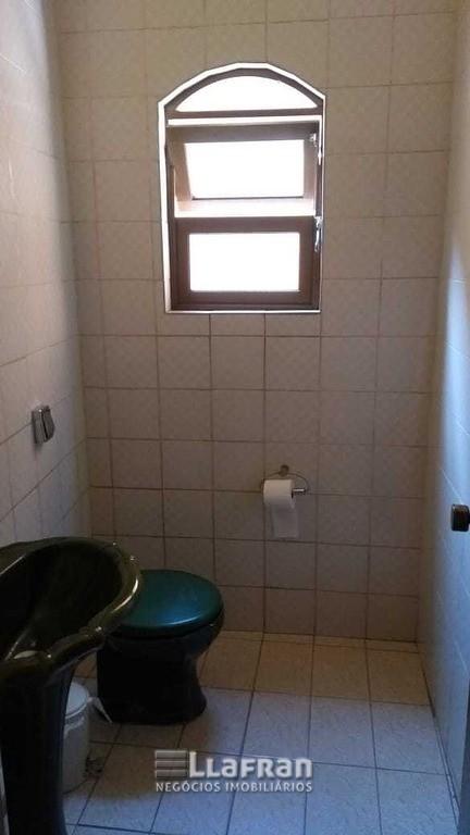 Sobrado de 2 quartos e edicula na Vila Iase em Taboão da Serra (8).jpg