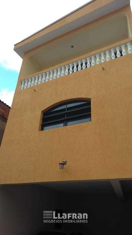 Sobrado de 2 quartos e edicula na Vila Iase em Taboão da Serra (10).jpg
