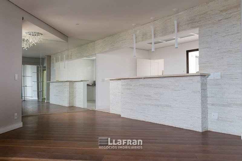 Cobertura Duplex no Morumbi de 268 m² com 3 suítes e 5 vagas de garagem (4).jpeg