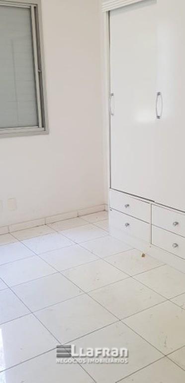 Apartamento de 3 dormitórios Parque Brasil (9).jpg