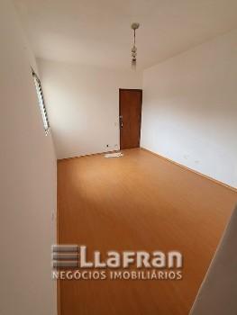 Apartamento de 2 quartos centro de Taboão da Serra