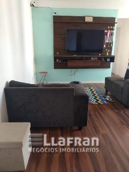 Apartamento de 2 dormitórios no Laranjeira