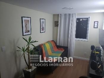 Apartamento de 2 dormitórios Família Taboão