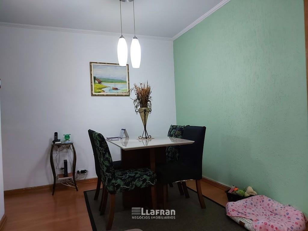 Apartamento no Mirante Chácara Agrindus Taboão