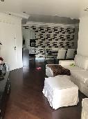 Apartamento com dependência no  Cerejeiras quitado