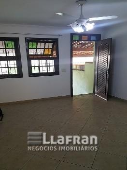 Casa em condomínio de 2 quartos em Taboão da Serra
