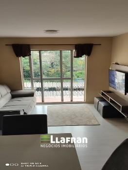 Apartamento de 2 quartos na Rua Jaracatiá Umarizal