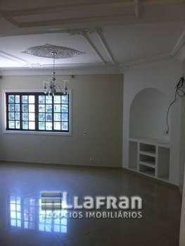 Casa de 4 dormitórios no Jardim Monte Alegre