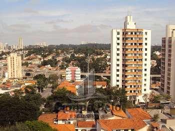 Lindo apartamento em área nobre do Campo Belo.