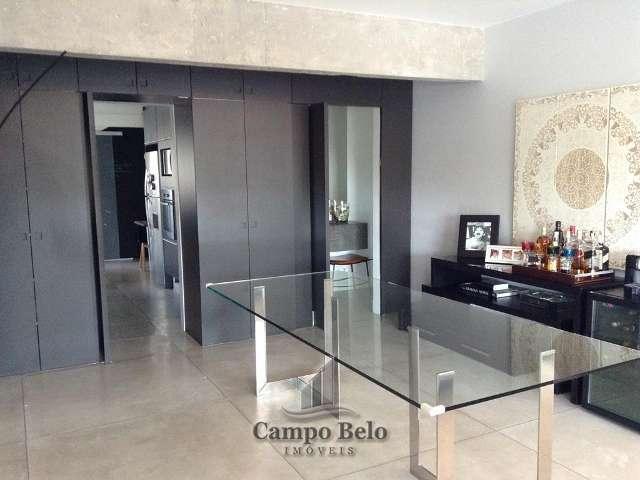 Apartamento no Campo Belo, com 163 m�.