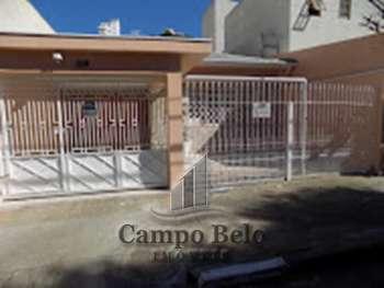 Casa no Campo Belo.
