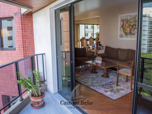 Apartamento com 4 dormit�rios no Campo Belo.