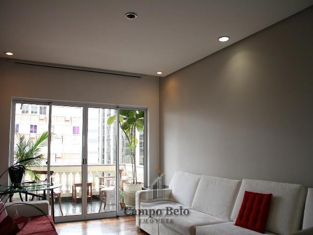 Apartamento com 3 dormit�rios no Itaim