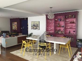 Apartamento com 4 dormitórios no Campo Belo