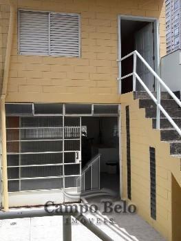 Casa sobrado com 3 dormitórios no Campo Belo