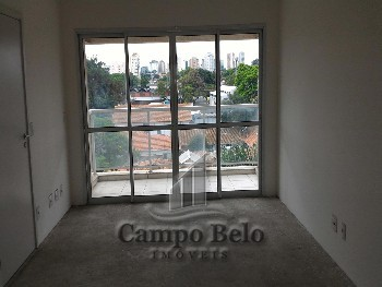 Apartamento com 3 dormitórios no Campo Belo