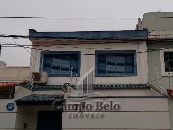 Casa com 5 salas no Campo Belo