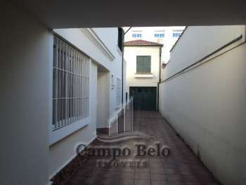 Sobrado no Campo Belo com 6 Dormit�rios