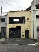 GALPÃO PARA LOCAÇÃO NA  AV BRAS LEME  200m² total