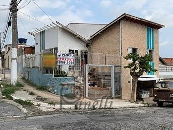 CASA PARA LOCAÇÃO 02 DORMS 01 VAGA NA CASA VERDE