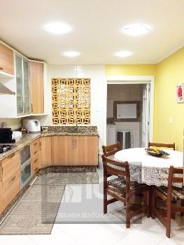 Apartamento dois dormit�rios com su�te - Hamait�