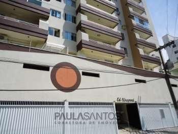 Apto com 2 dormitórios em Balneário Camboriú!
