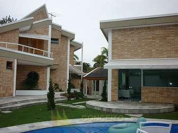 Acapulco, nova com campo de futebol