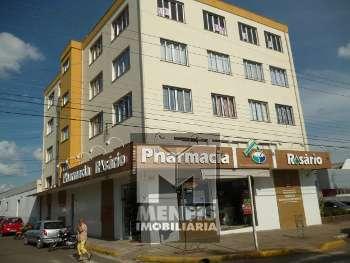 Apto c/ 3 quartos de frente p/ Av. Luiz de Camões