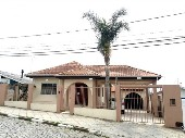 CASA DE ALVENARIA NO BAIRRO FREI ROGÉRIO
