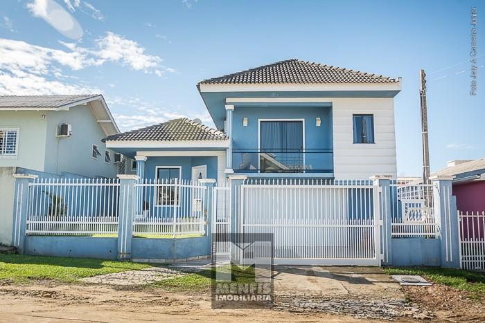 001 Casa Dois Pisos - Rua
