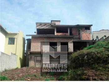 Casa de Alv. c/ 1suíte+3quartos Ipiranga Lages SC