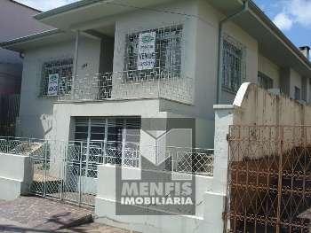 Casa no Centro frente ao Pronto Socorro em Lages