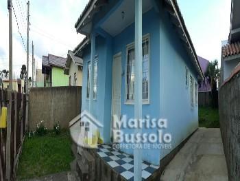 Casa Próxima ao Mercado Mezzalira no Guarujá