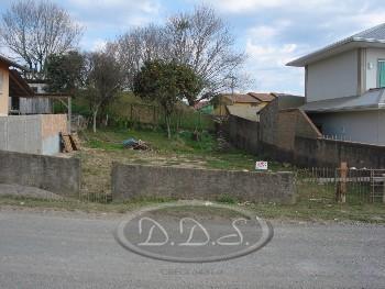 Terreno à venda no Guarujá em Lages