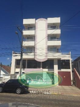 Apartamento com 2 sacadas no Copacabana